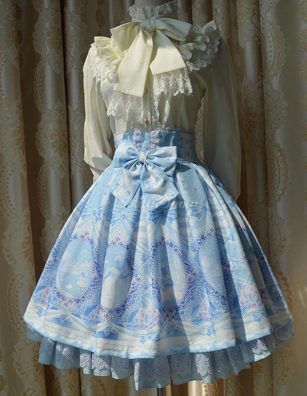 Lolitashow Süße Lolita Kleid SK Licht blau Chiffon Alice gedruckt ...