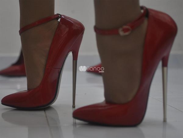 Black spike heels crush movie - 5 1