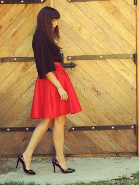 Bajo vestido rojo de universitaria con carita - 3 part 10