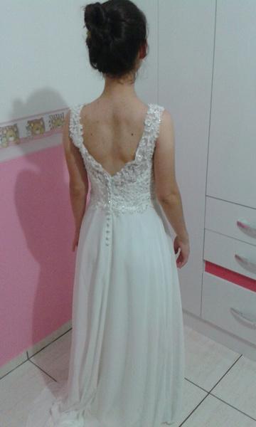 Beach Wedding Dresses Chiffon Ivory Bridal Dress Lace Beading V Neck ...
