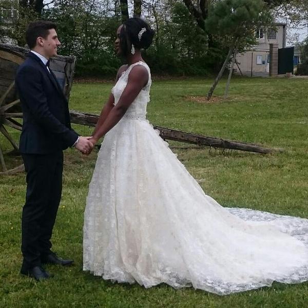 Robe de mariage pour fille voile